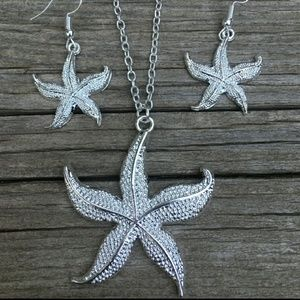Jewelry - Starfish jewelry set NWT necklace and earrings